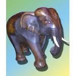 Тайский слон из дерева